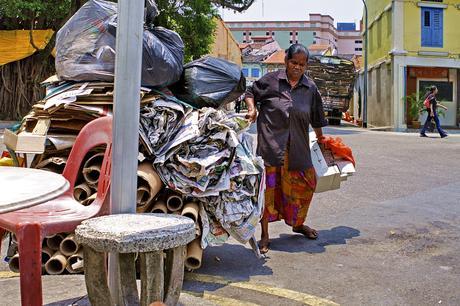 Altpapiertransporter - Singapur