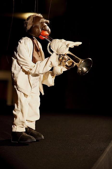 "Louis Daniel ""Satchmo"" Armstrong (Figurentheater 'Kleines Varieté' von Eberhard Hermann)"