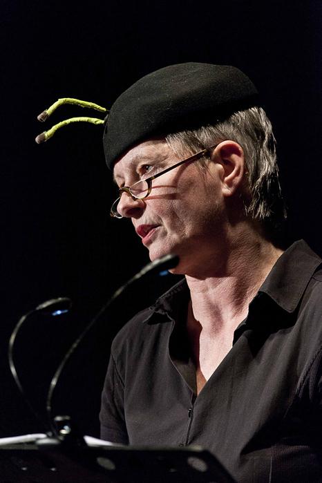 Lisa Kraus, Sprecherin